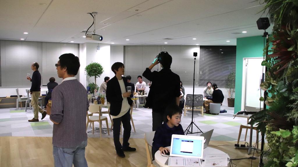 納会の様子(VR体験会)